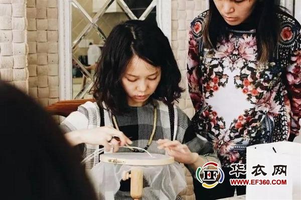 资讯生活两个年轻人,要将Lesage(法国刺绣顶级工坊)搬到国内